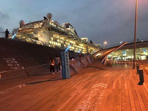 Yokohama, Romantic waterfront