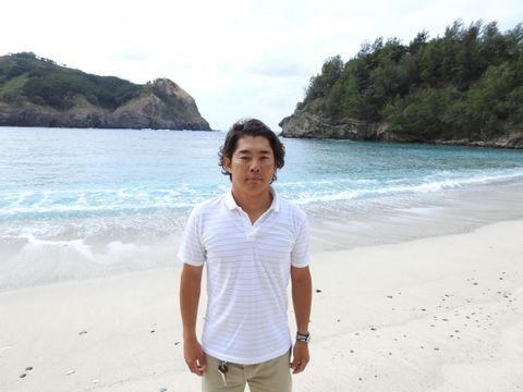 Shunsuke T.