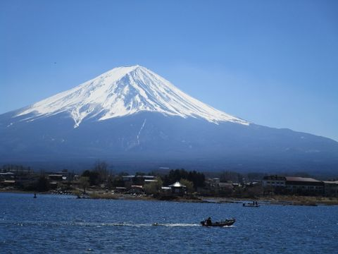 Mt. Fuji's View from Lake Kawaguchiko Up-to-You Tour