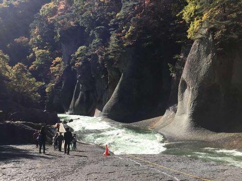 One day trip in Gunma of Fukiwarenotaki and Oigamionsen