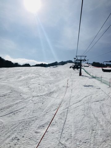 Skiing and snowboarding tour
