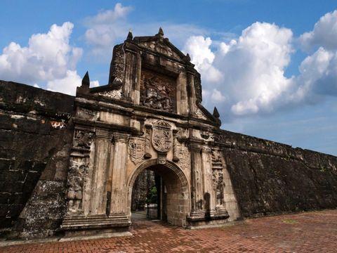 4-H Private Manila Tour With a Car-Intramuros, Fort Santiago