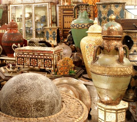 Architecture and Visiting Antique Dealers