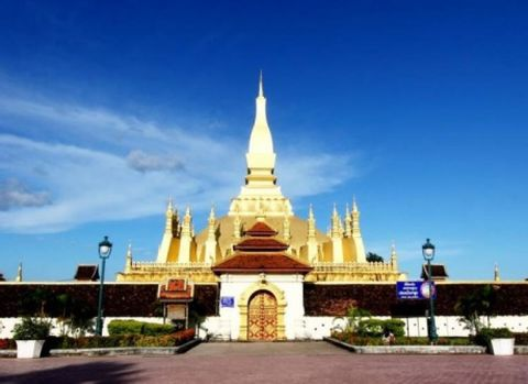 1 Day Vientiane City Tour-Temples, Market and COPE Center