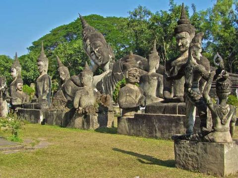 1 Day Vientiane City Tour and Buddha Park
