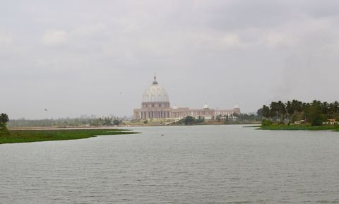 Day Tour of the Largest Basilica in the World