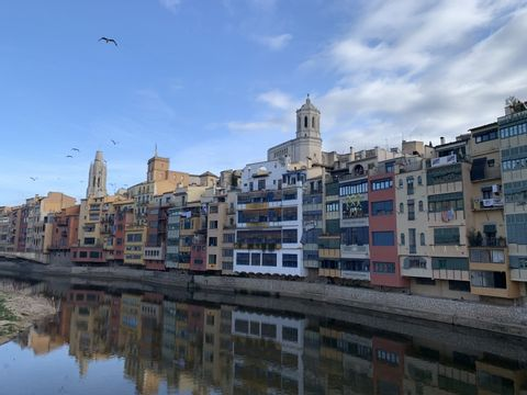 Girona old town - Virtual online or live online Zoom tour