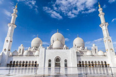 One Night Stopover in Abu Dhabi