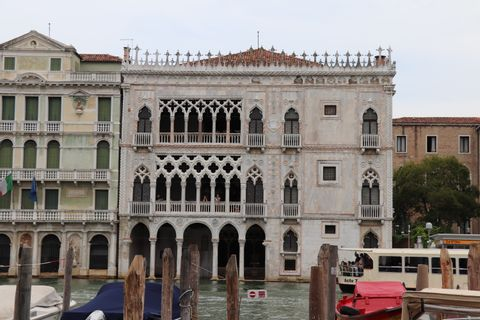 Welcome! Highlights and hidden gems of Venice