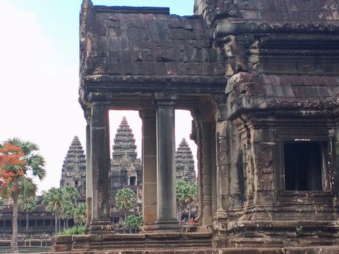 Cambodia Small Circle Tour with Sunset at PreRup