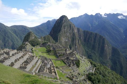 Day Tour to Machu Picchu from Cusco by Panoramic Train