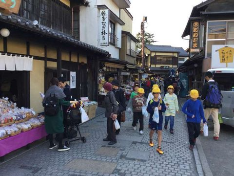 Day Trip to Kawagoe: Temples, Local Food, Castle & More!