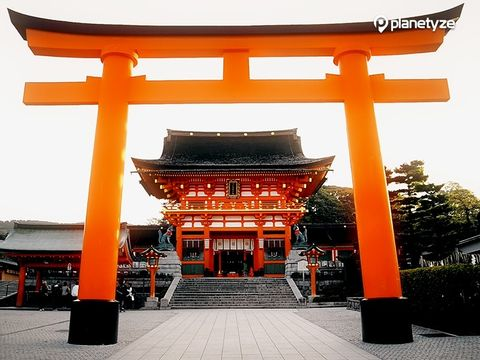 Kyoto and Osaka sightseeing with a private van (1-18pax)