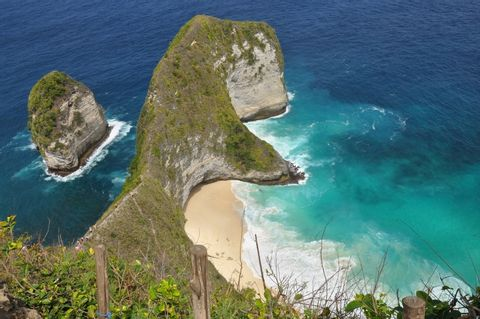 All Inclusive: West Nusa Penida Trip From Bali