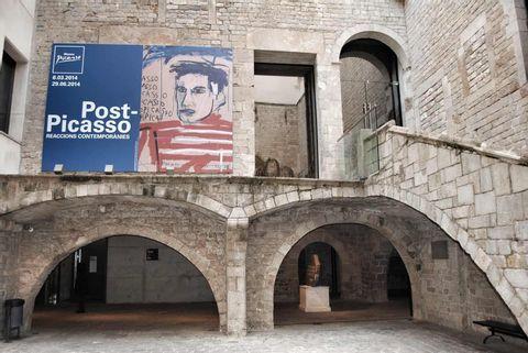 Picasso Museum - Live Virtual Tour
