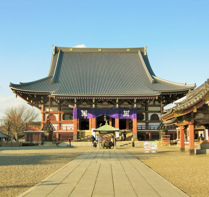 Tourist spots of temples and shrines are worth visiting in Tokyo