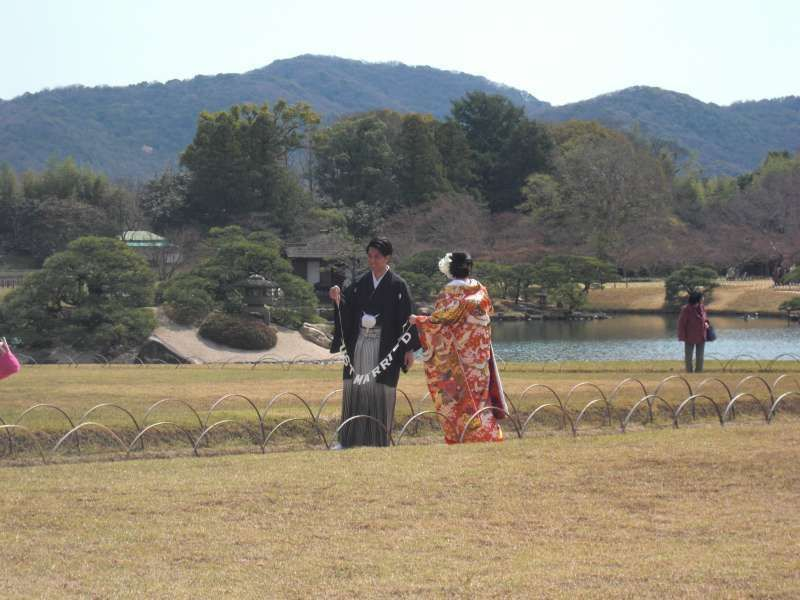 a couple wearing Japanese traditional wedding costume