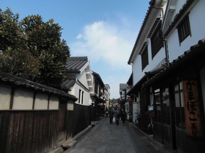Restaurants and gift shops street @ Kurashiki Bikan Historical Quarter