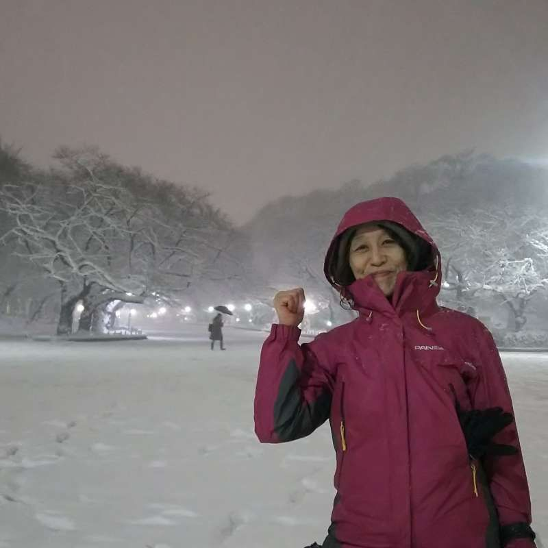 Unexpected snow in Tokyo (Ueno Park)