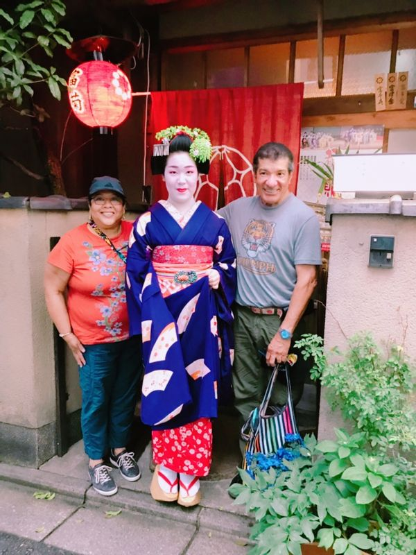 Tea ceremony with Maiko in Kyoto
