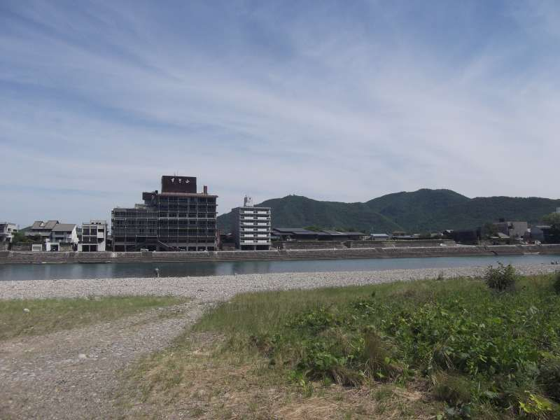 Nagara river is so quiet and peaceful.