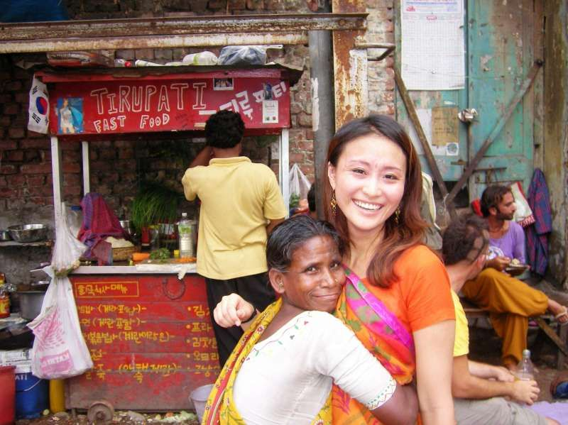 I lived in India! and traveled many places! we can shere our travel experiences!