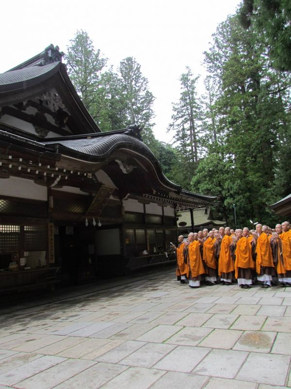 Sometimes you can see the monks who visiting many temples around the mountain.  In Mount Koyasan