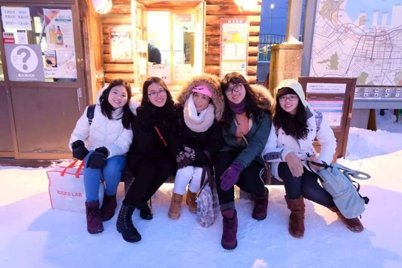 The illumination in Otaru canal (Hokkaido) was so beautiful, yet we forgot about the coldness!