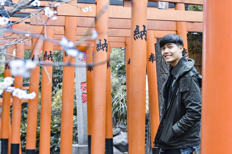 Never miss taking picture in the famous Toori gates in Japan~