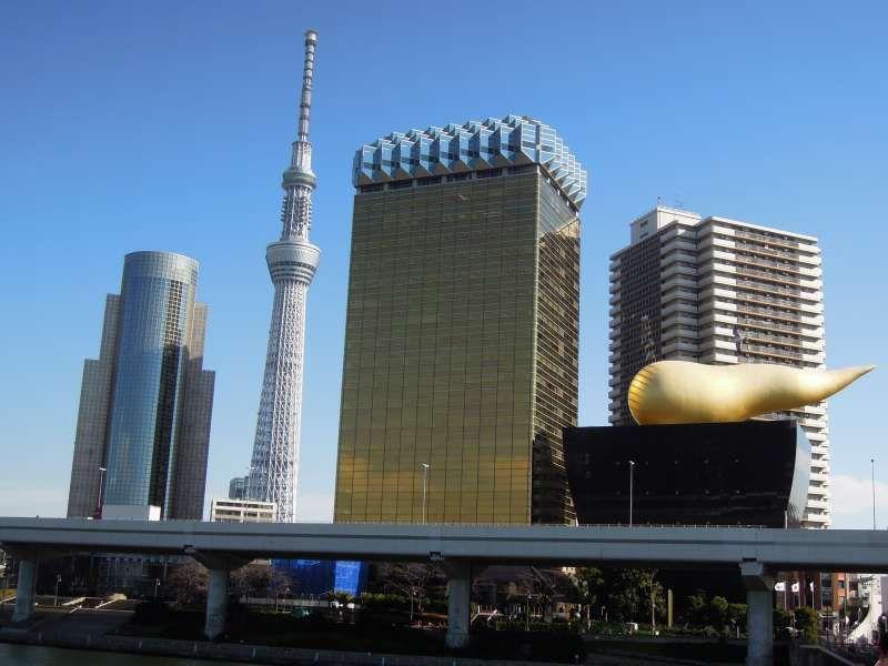 Tokyo Skytree seen from the Azuma-bashi Bridge, Asakusa