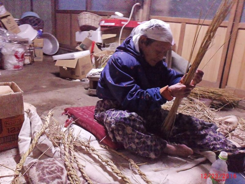 traditional practice before New year coming / My mother is making new year's decorarion,SHIMENAWA