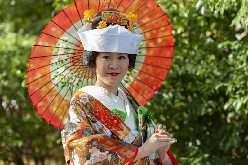 It's me on my wedding day,,,! I'd like to share the Japanese culture with you!