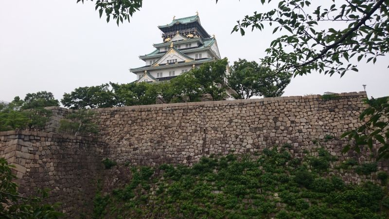 Osaka castle was originally built by Toyotomi Hideyoshi,a renowned daimyo in the Warring Period and rebuilt several times by next Edo Shogunate and government .Citizens of Osaka are very much proud of this castle as symbol of Osaka. In my original Osaka tour this castle is naturally included and you will surely enjoy the magnificient  view of castle.