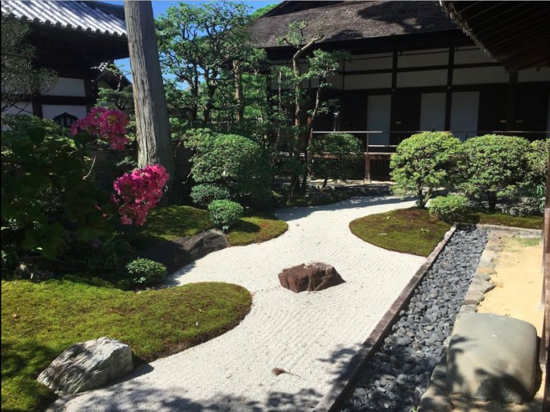 This is a Japanese traditional garden at Myoshinji