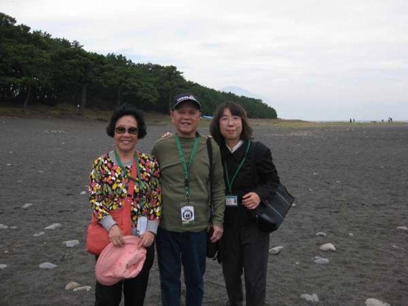 A couple from Hongkong in Miho-no-Matusbara