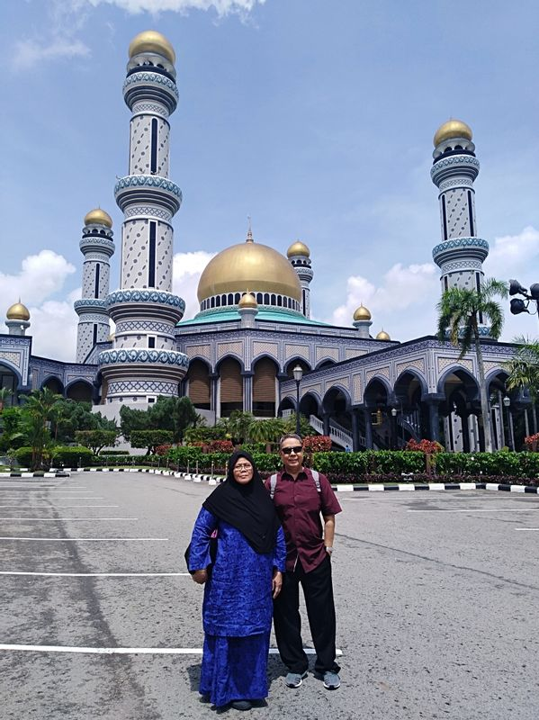 Jame' Ash Hassanil Bolkiah Mosque