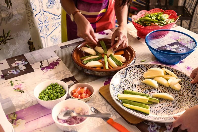 Cooking class with moroccan family