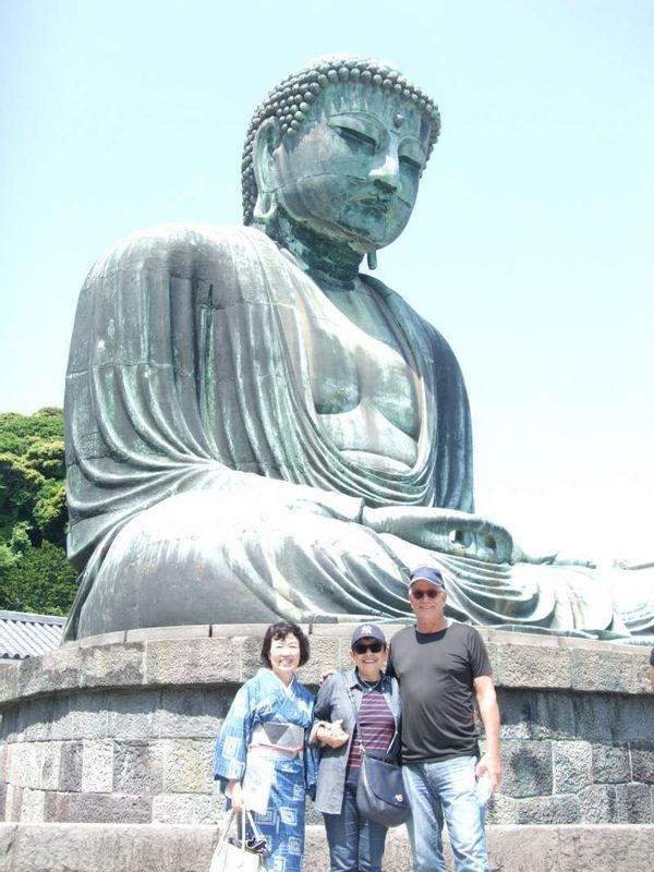 Great Buddha and the blue sky, and us
