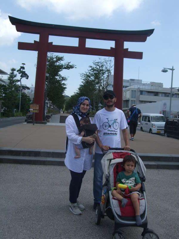 At the second torii gate of Tsurugaoka Hachiman Srine