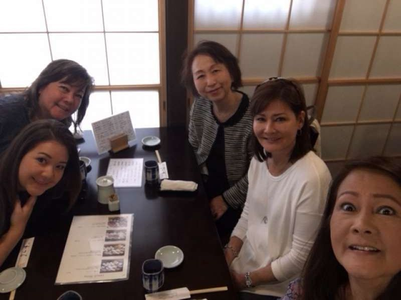 A lovely family from U.S.A. at Tsukiji Sushi restaurant, April 2018