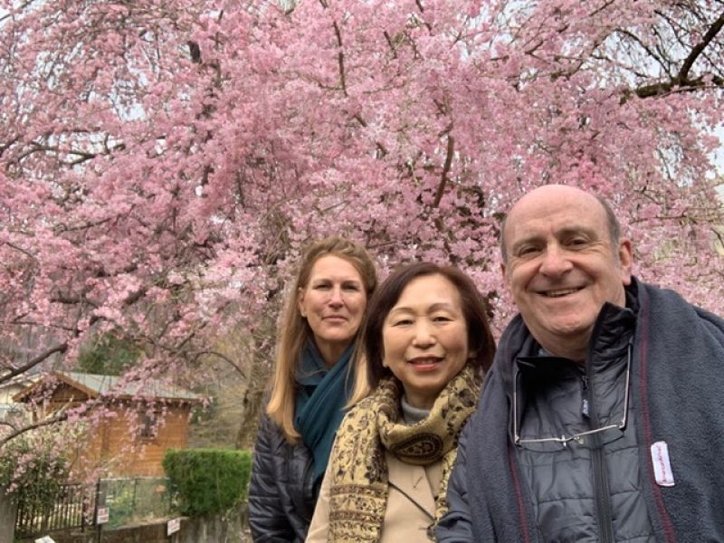 A wonderful couple from Frolida, U.S.A., at Hakone, March 2019.