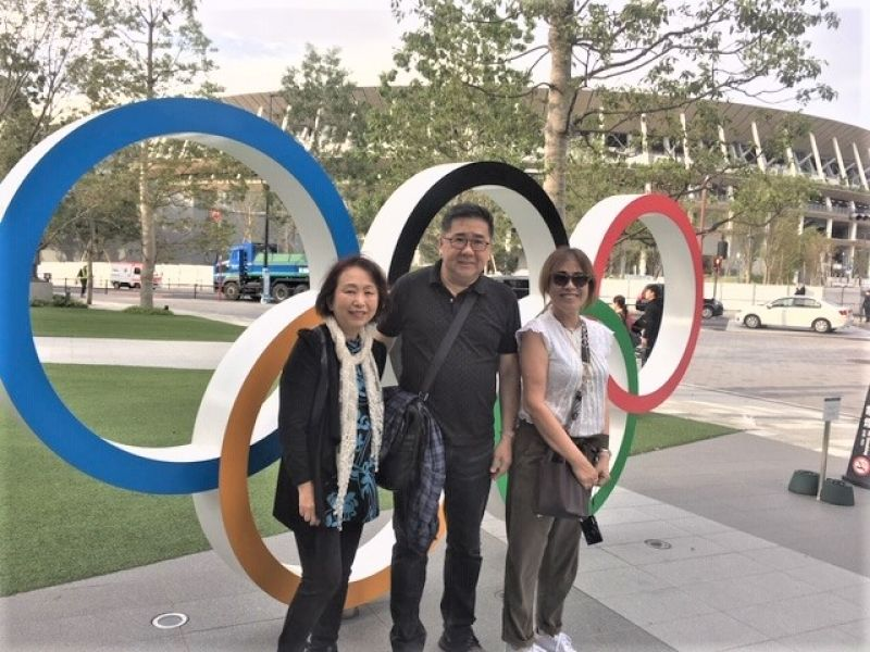 A wonderful couple from Manila, Phillipinnes, in front of Tokyo Olympic Stadium, Nov. 2019