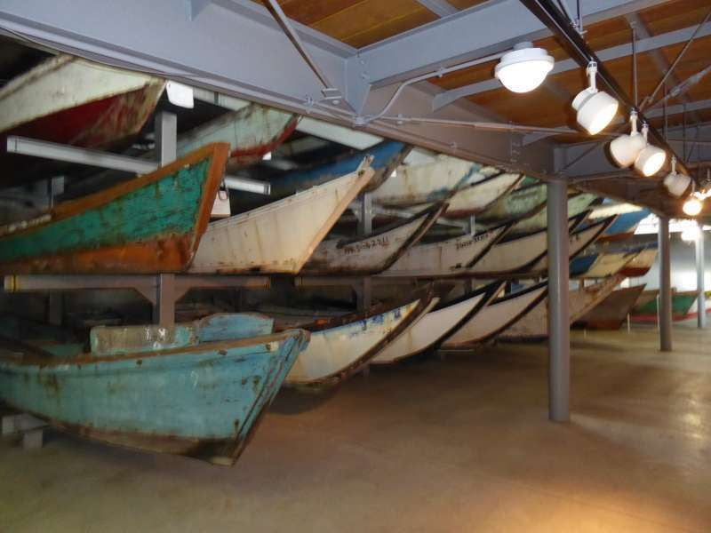 Collection d'anciens bateaux de pêche