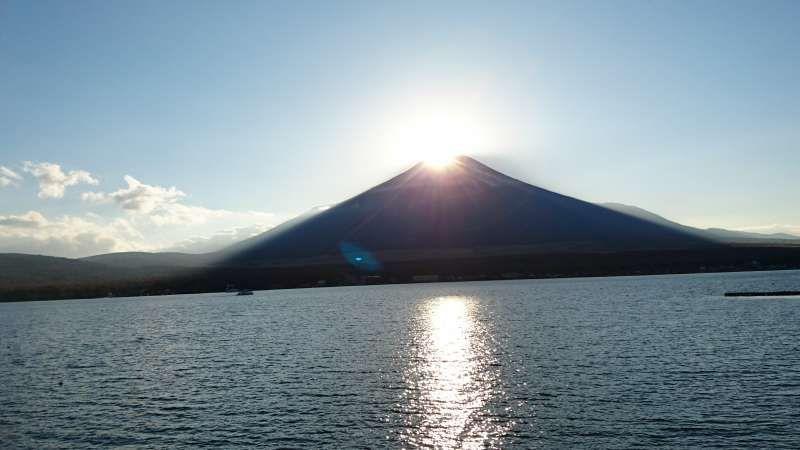 Diamond Fuji at Lake Yamanakako
