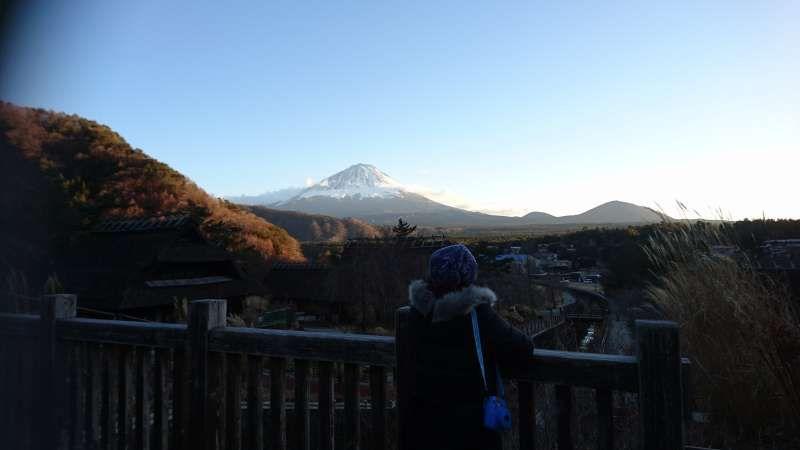 At Iyashi no Sato Nenba, with a guest