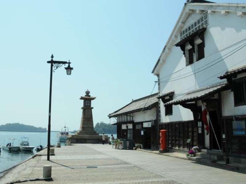 Tomonoura  port town