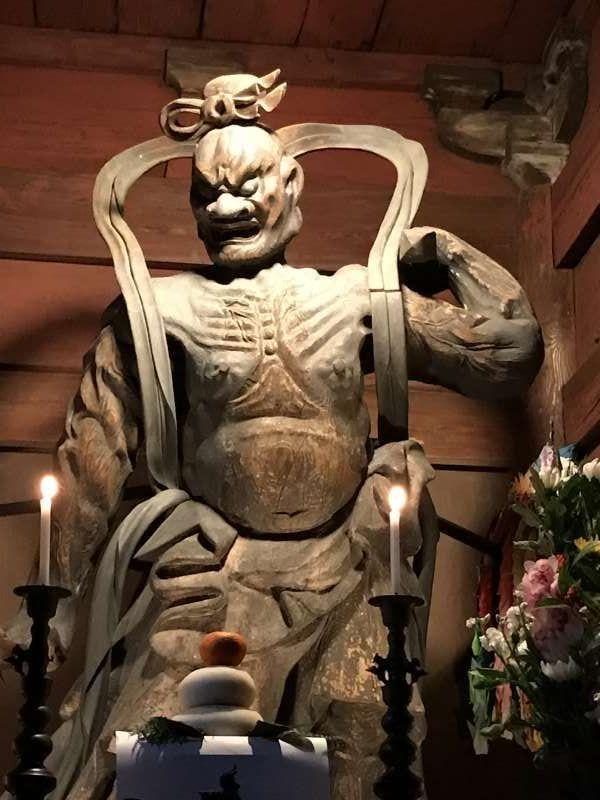 Deva king at Enyuji temple in Meguro