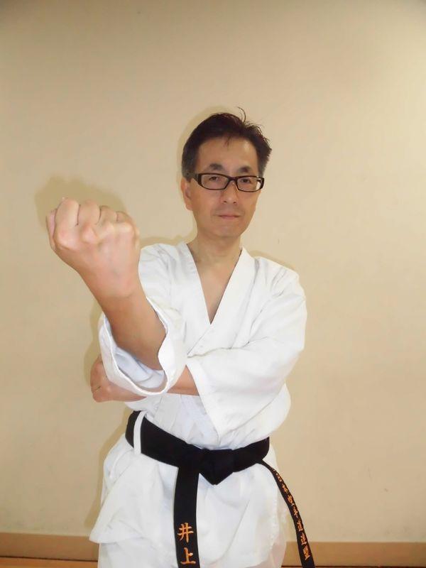 I practiced karate(Japanese martial arts). I have black belt of karate and judo.