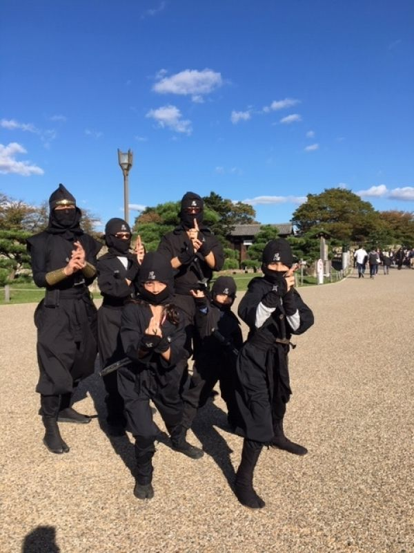 Ninjya training experience in and around Himeji Castle, World Heritage Site