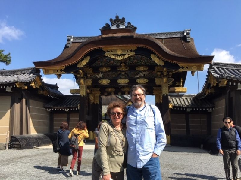 Lovely couple at Kyoto's Nijo-jo Castle where Tokugawa Yoshinobu, the last shogun announced the return of government power to the emperor in 1867, ending the Tokugawa shogunate government.